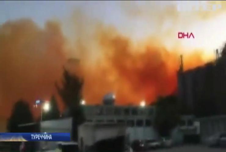 На хімічному заводі у Туреччині пролунав вибух (відео)