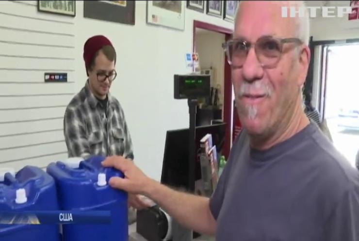 Жителі Каліфорнії масово скупають сірники, воду та консерви