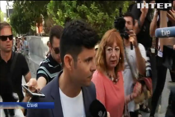 """Суд Мадрида """"подарував"""" Хуліо Іглесіасу сина"""
