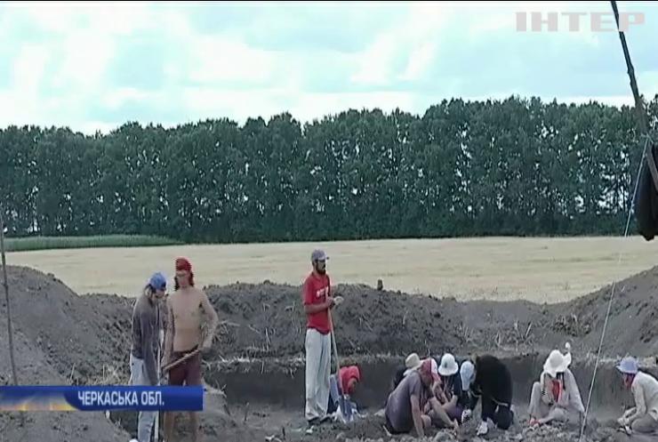 На Черкащині археологи вивчають найбільше поселення Трипільсткої культури