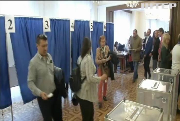 В Австралії, Японії та Південній Кореї завершилися голосування на виборчих дільницях