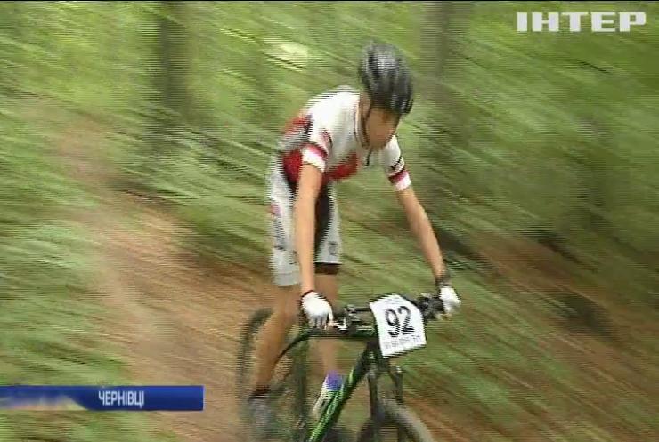 В Чернівцях розпочались змагання з велосипедного спорту