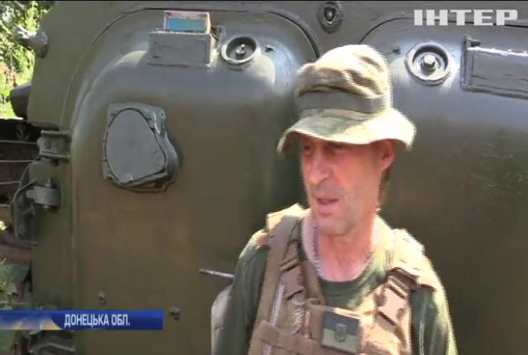 На Донбасі відновлюють зруйновані обстрілами житлові будинки
