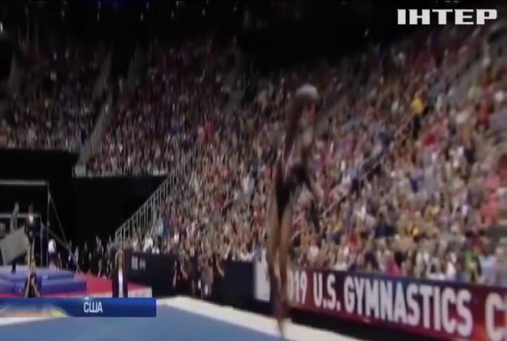 Американська гімнастка змусила соцмережі засумніватися в законах фізики