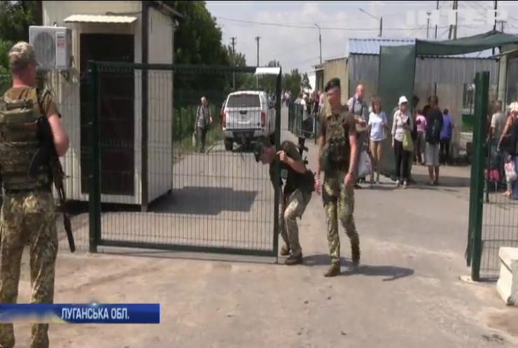 Бойовики затягують демонтаж фортифікаційних споруд у Станиці Луганській