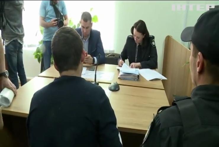 Вбивство у Славутичі: апеляційний суд залишив під вартою двох підозрюваних