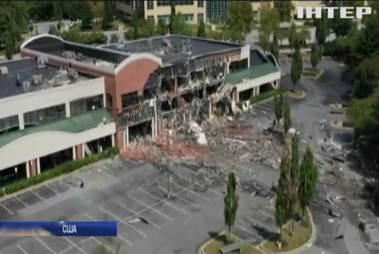 У США вибухнув торговельний центр