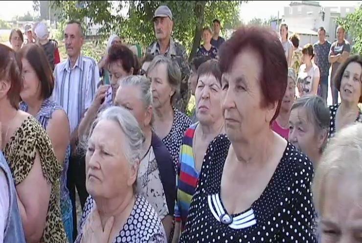Село на Рівненщині накриває вапняним пилом