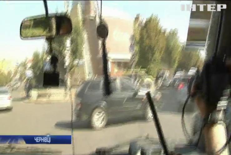 Патрульні Чернівців перевіряли реакцію водіїв