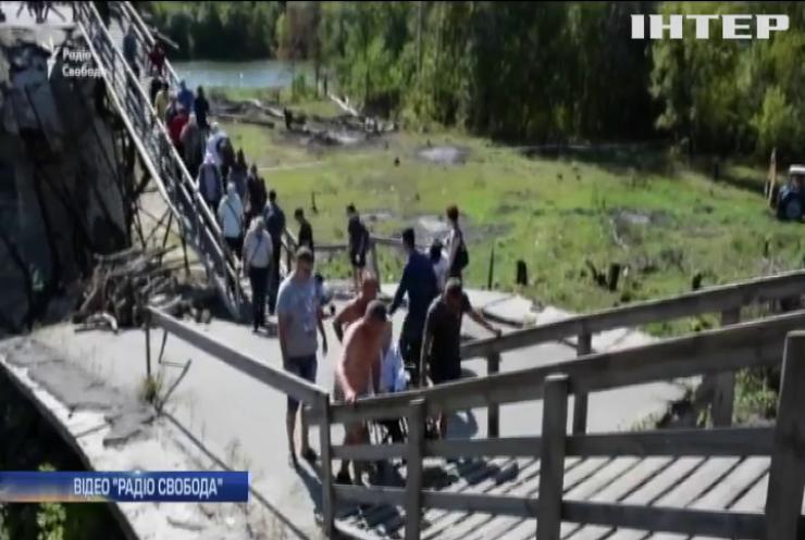 Біля Станиці Луганської триває відновлення переправи через Сіверський Донець