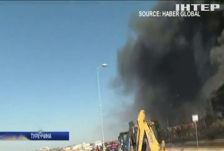 На околицях Стамбула вибухнув хімічний завод