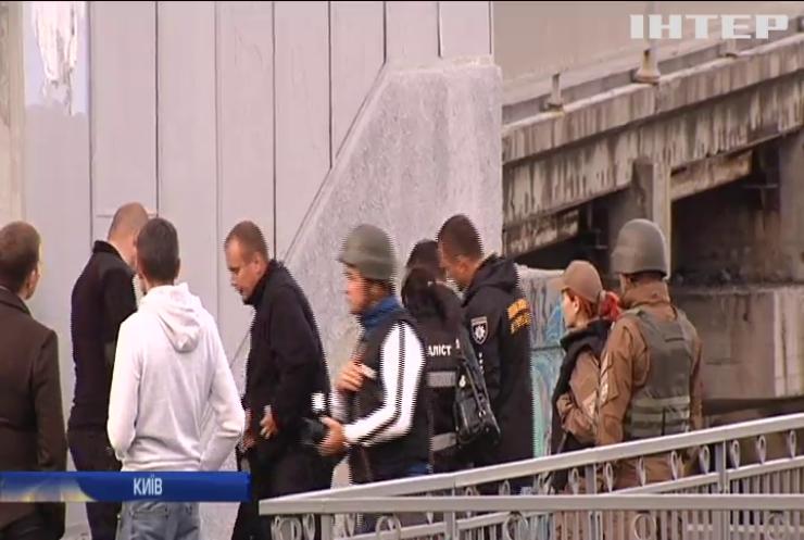 Захоплення мосту Метро: зловмисником виявився колишній військовослужбовець