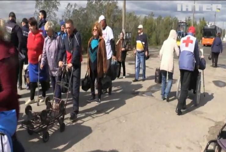 Війна на Донбасі: чи відбудеться відведення військ біля Станиці Луганської