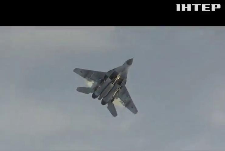 Росія перебазувала винищувачі Північного флоту до окупованого Криму