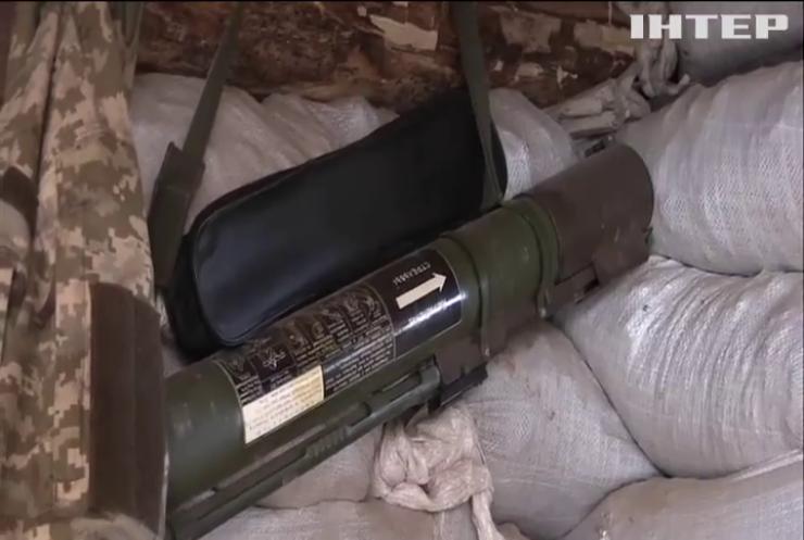 На Донбасі бойовики атакують позиції оборонців