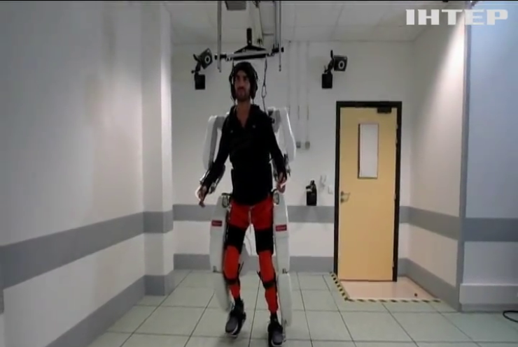 Британські вчені зібрали екзоскелет для паралізованих