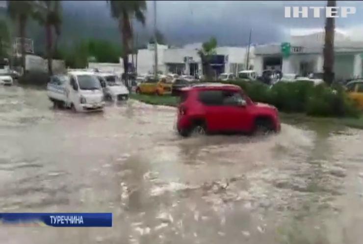 Туреччину охопила потужна повінь