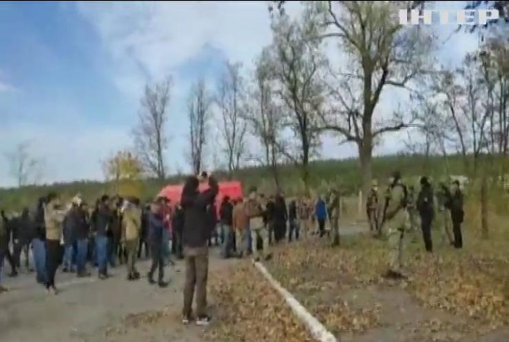 На Луганщині добровольці проривалися до Золотого