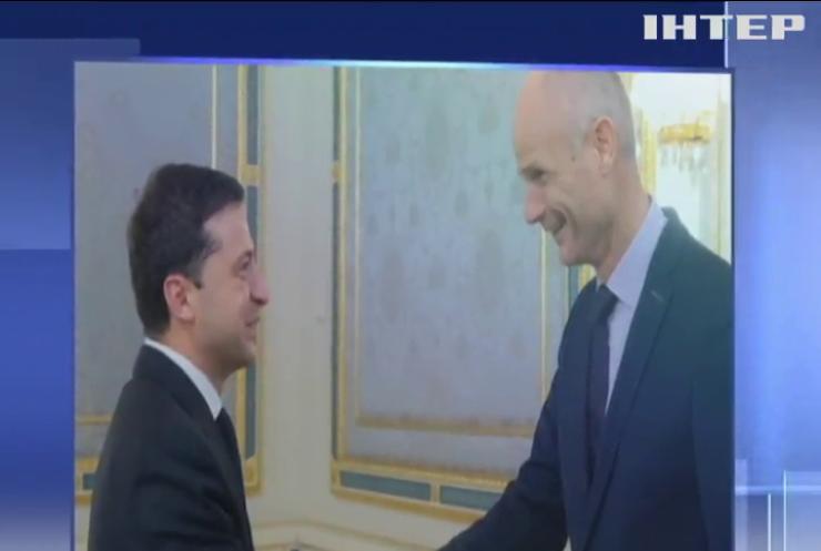 Володимир Зеленський зустрівся із головним дипломатом Нідерландів