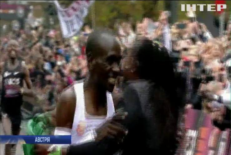 Кенієць побив світовий рекорд із марафонського забігу