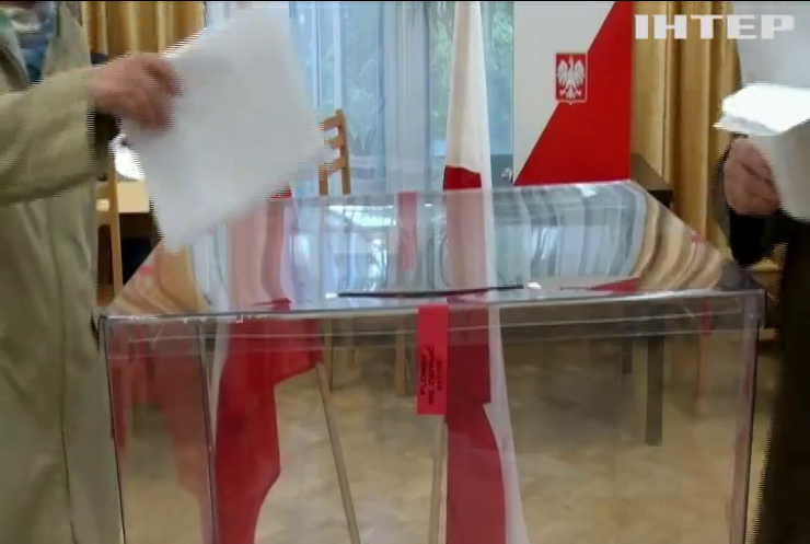 У Польщі на виборах лідирує партія Качинського