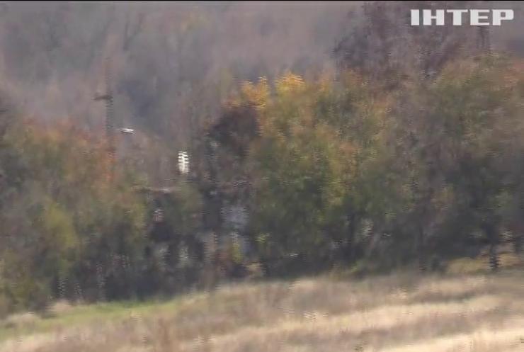 На сході бойовики атакують з важкого озброєння