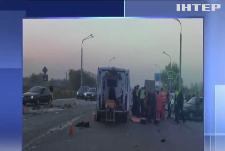 Поліцейській із Дніпра став винуватцем масованої аварії