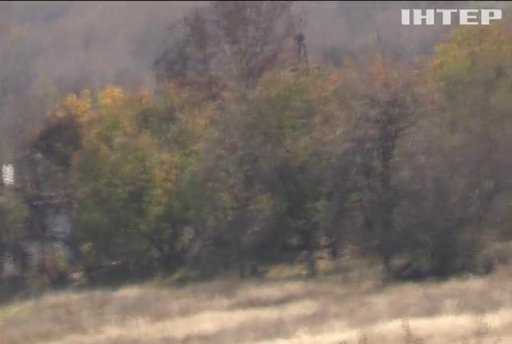 На Донбасі поранили українських військових