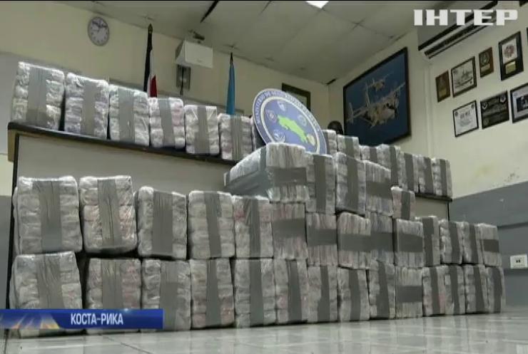 Поліція Коста-Рики знайшла у фруктах тонну кокаїну