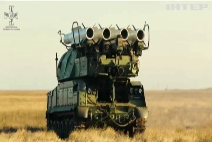 На півдні країни тривають масштабні бойові стрільби з ракетних комплексів