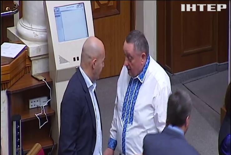 Розслідування справи Дубневича: депутати зняли недоторканність зі свого першого колеги