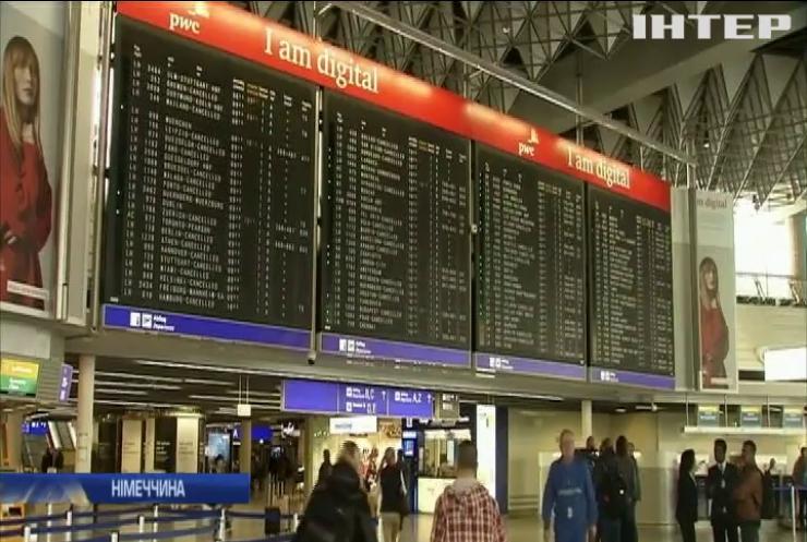 """У Німеччині страйкують бортпровідники авіакомпанії """"Люфтганза"""""""