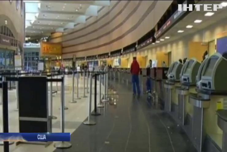 Аеропорти Чикаго скасували тисячу рейсів