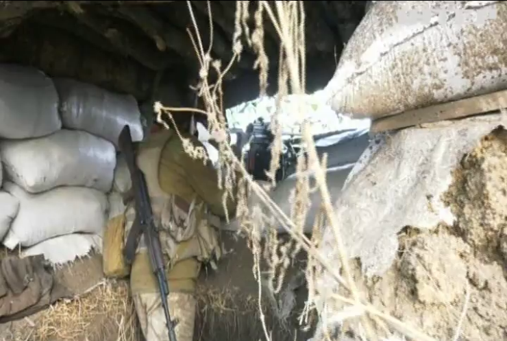 Війна на Донбасі: бойовики атакують позиції оборонців
