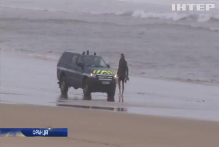 Французькі правоохоронці закривають пляжі на південному заході Франції