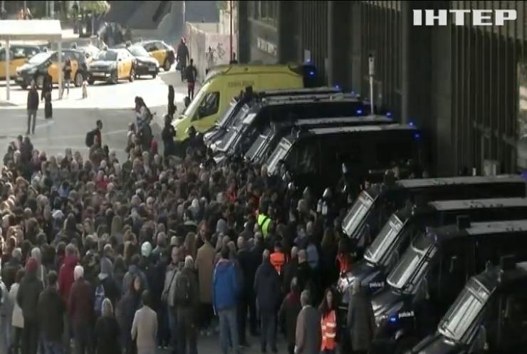 Прихильники незалежності Каталонії пригрозили місту транспортною блокадою