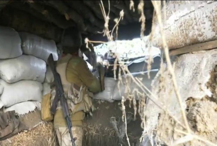 На Донбасі бойовики порушують режим тиші