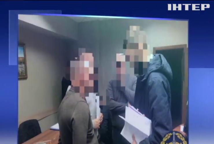Харківські чиновники розкрадали гроші для ремонту доріг