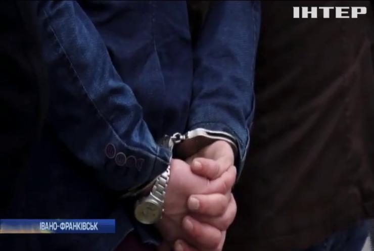 Квартирних крадіїв-гастролерів затримали на Прикарпатті