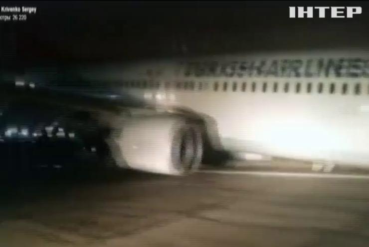 Аеропорт Одеси паралізувало через аварійну посадку турецького літака