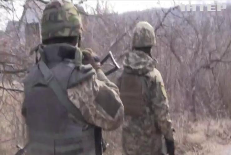 Біля Авдіївки та Павлополя зафксували обстріли противника