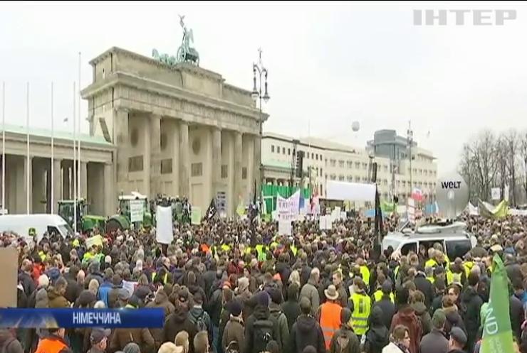 Ангела Меркель зустрілася із бунтуючими фермерами