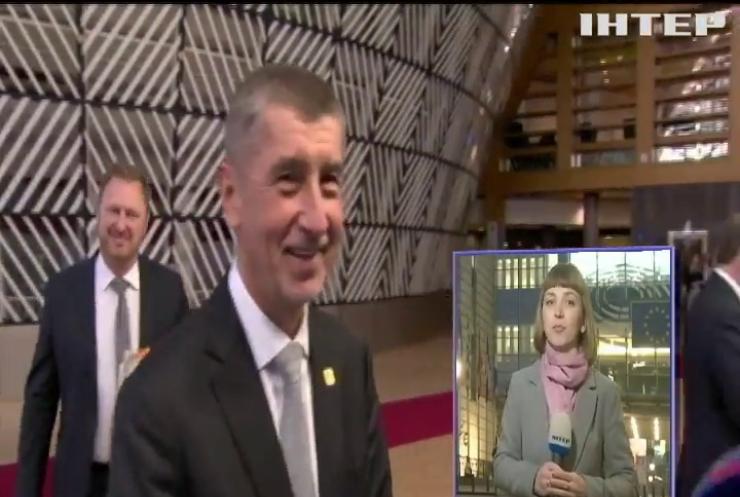 Чеський прем'єр опинився у центрі корупційного скандалу