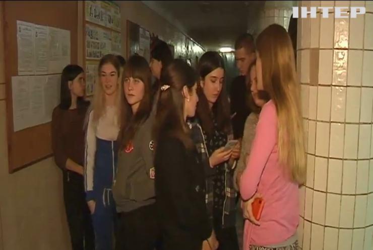 Студенти Чернівців вимагають завершити затяжний ремонт у гуртожитку