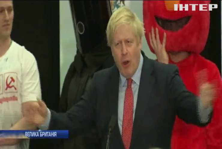 """На виборах у Британії перемагає """"брекзит"""""""