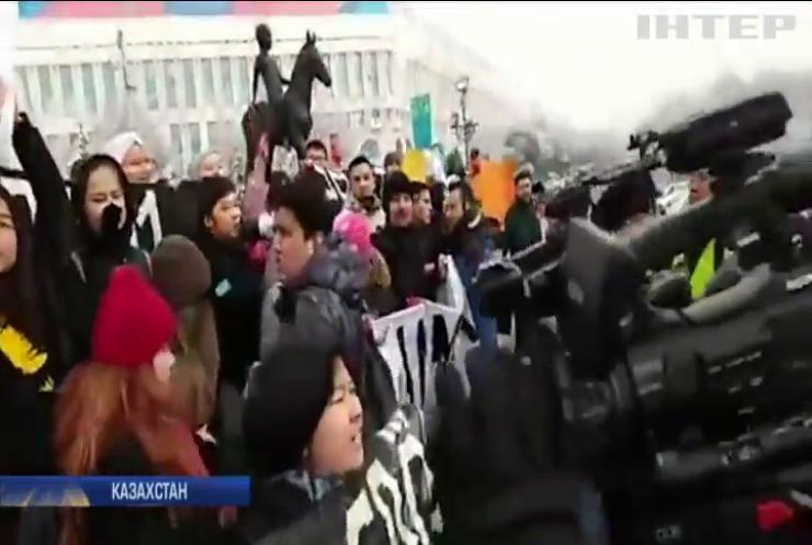 День Незалежності у Казахстані відзначили арештами