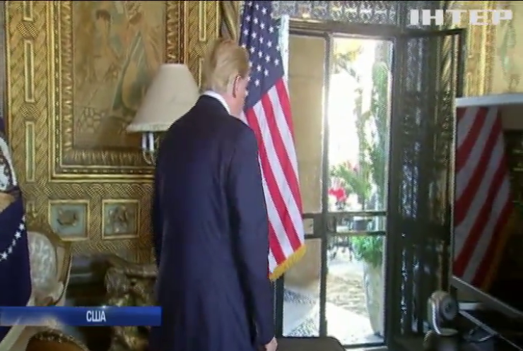 """Дональд Трамп подарував дружині """"красиву листівку"""" на Різдво"""