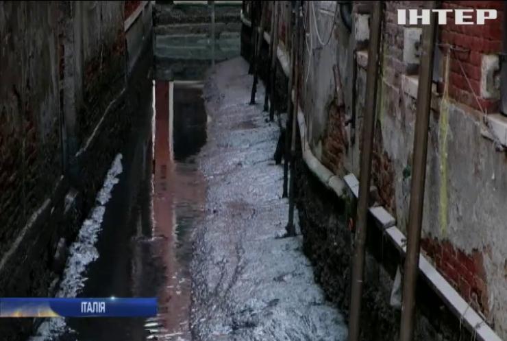 Канали Венеції обміліли через рекордний відплив