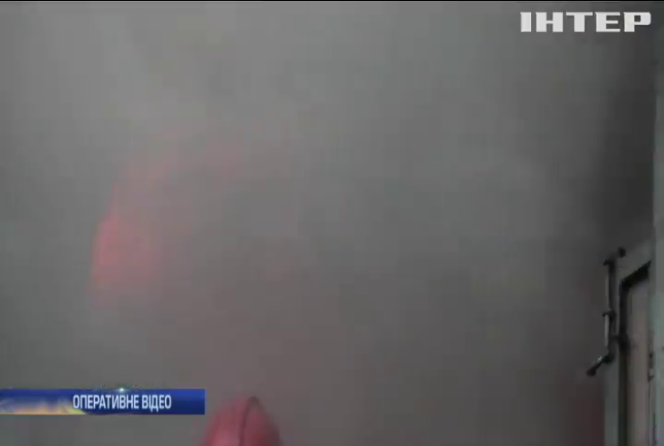Пожежа у Хмельницькому знищила автосклад