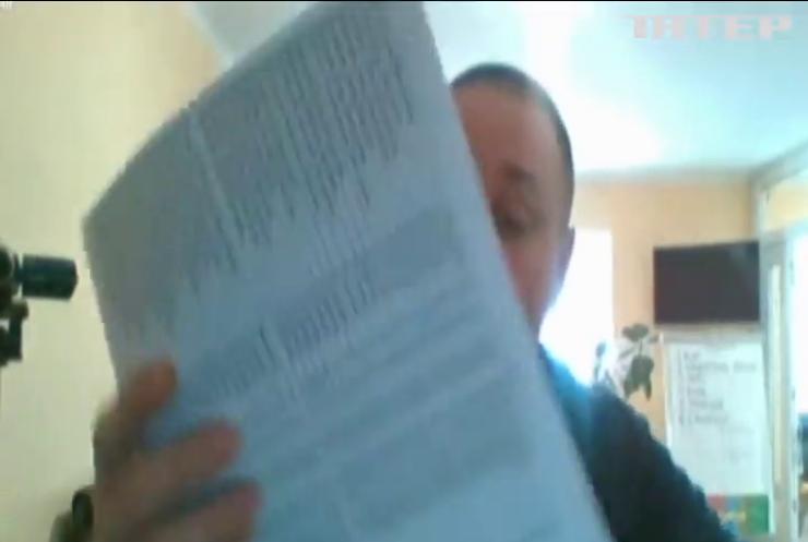 Відгомін парламентських виборів: на Луганщині слідчі розслідують підкуп виборців